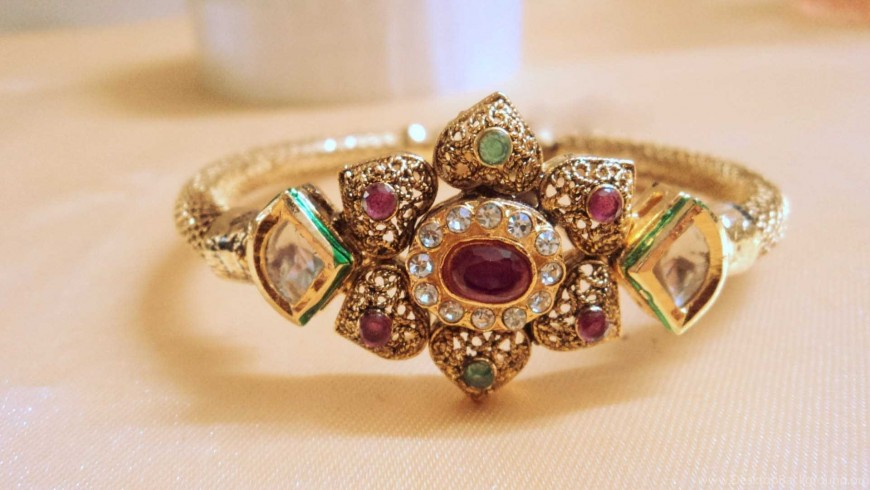 Achiziționează bijuterii cu aur la schimb